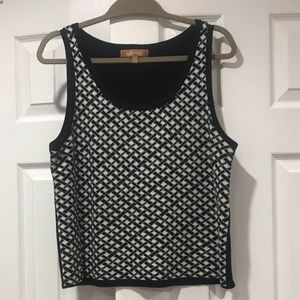 Ellen Tracy Tops - Ellen Tracy Black White Patterned Top Sleeveless L